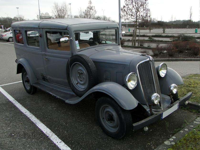 1935 Renault Primaquatre KZE