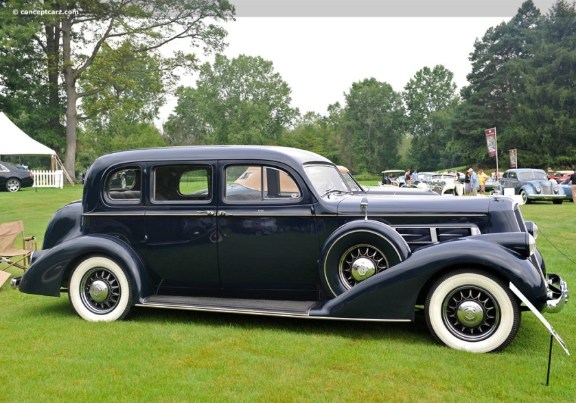 1936 Pierce-Arrow Deluxe 8