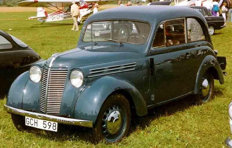 1939 Renault Juvaquatre