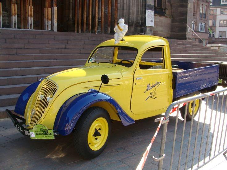 1940 Peugeot 202 b Michelin