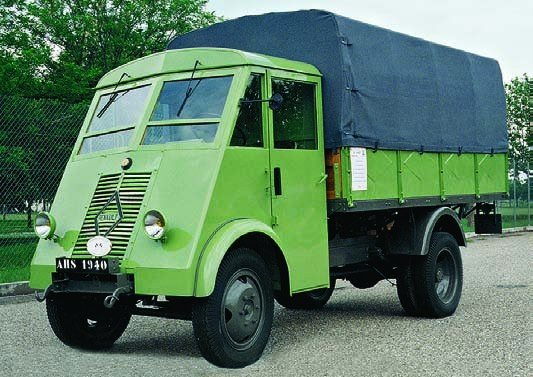 1940 Renault AHS