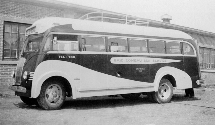 1945 Prevost Coach-J.H.-Fortier-in-Baie-Comeau