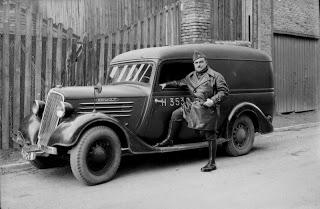1945 RENAULT - 1945