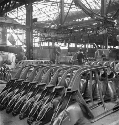 1946-48 normal Usine Renault