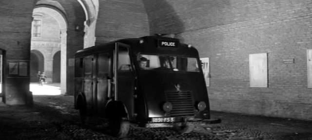 1946 Renault 1000kg Car IMCD police