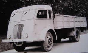 1946 Renault 208 D1-E1