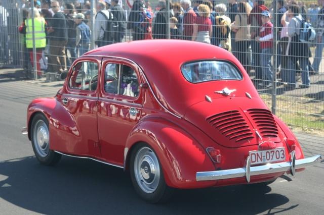 1946 renault 4cv Taringa