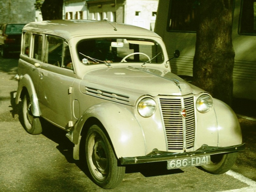 1946 Renault Juvaquatre Dauphinoise Break