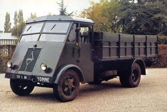 1946 RENAULT type AHN 2
