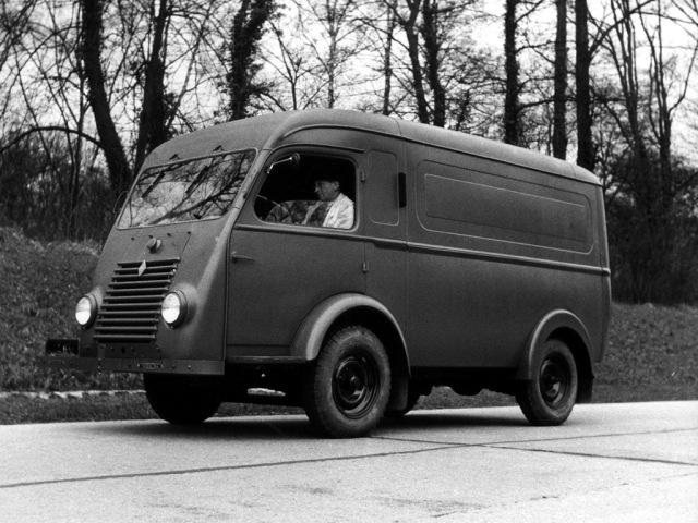 1947_Renault_1000_kg_001_9626