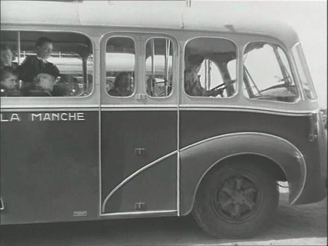 1948 IMCDb.org Renault 215 D Amiot