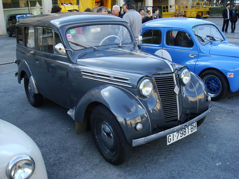 1948-Renault Juvaquatre