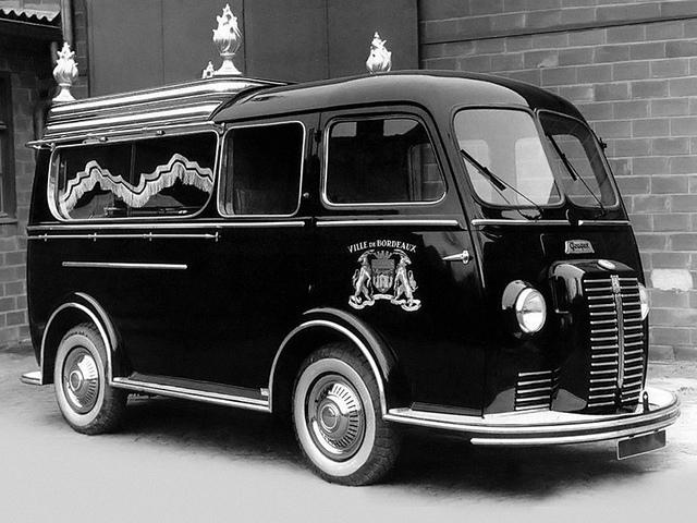 1950-65 Peugeot D3-D4 corbillard