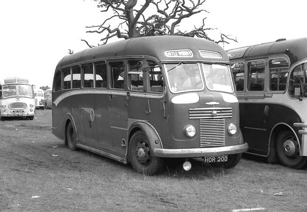 1950 Reading C32F bodied Commer Avenger