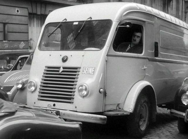 1950 Renault 1000 Kg Fourgon