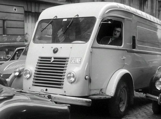1950 Renault 1000 Kg Fourgon