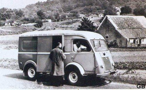 1950 RENAULT 4140 fainéant