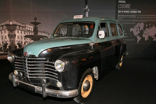 1950 renault-colorale-taxi-05