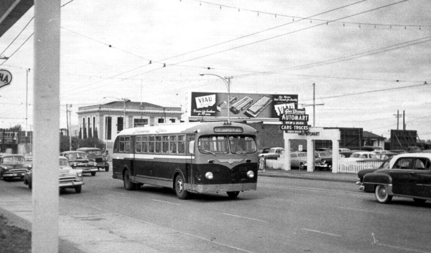 1950's Prevost 2 Diamond Lines
