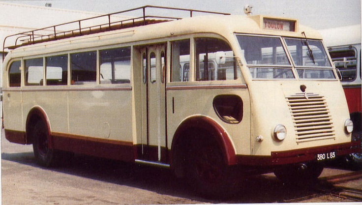 1951 Renault 215 D (2)