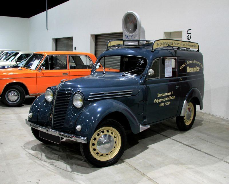 1951 Renault juvaquatre