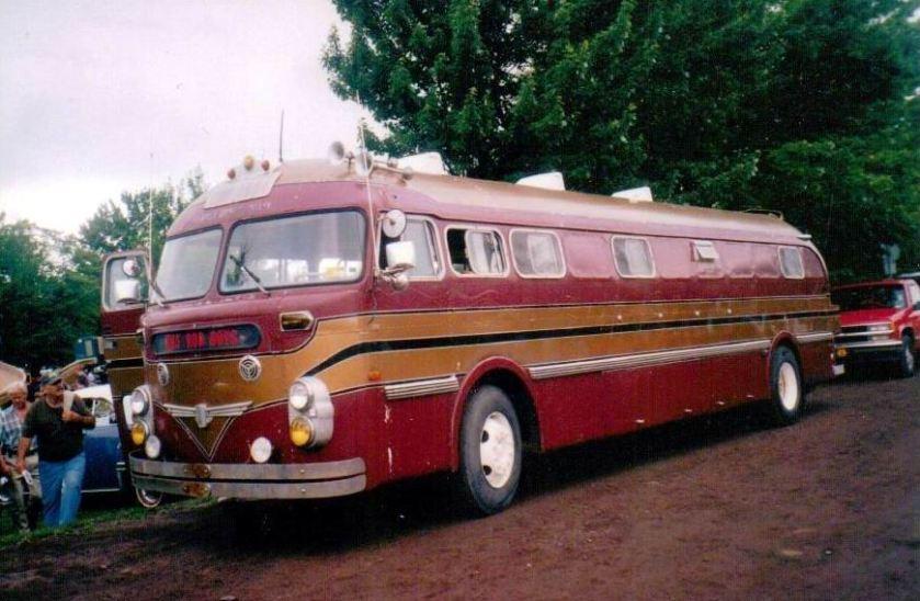 1952 Prevost highway coach