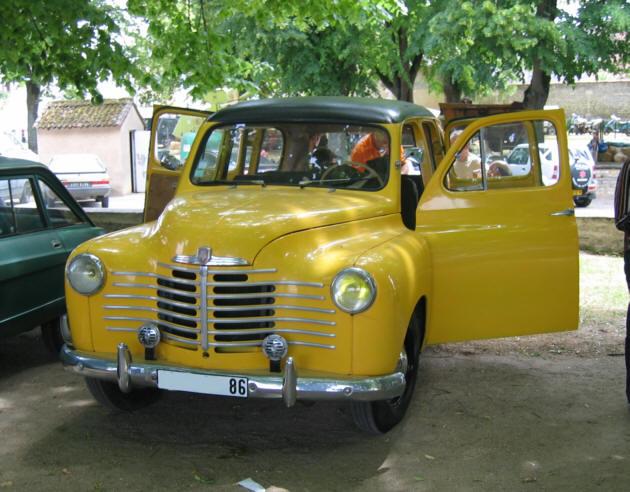 1952 renault Prairie 01 jaune