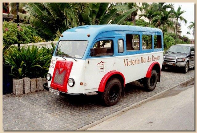 1952 Renault Van Bus