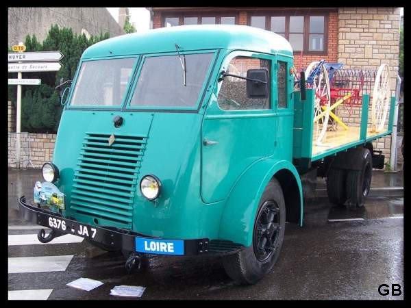 1954 RENAULT type R 4080, moteur 4 cyl, 85cv