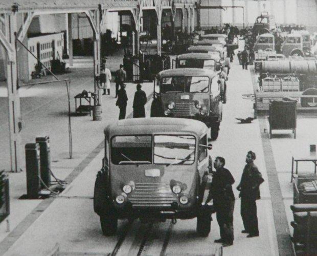 1955 Renault faignant dit Tancarville où TP 10, avec le moteur Fulgur 150 cv