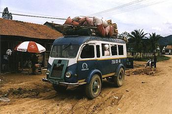 1955 Renault Goelette Buss