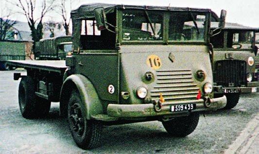 1955 Renault R-4153