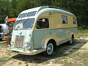 1956 renault-caravane-motorhome