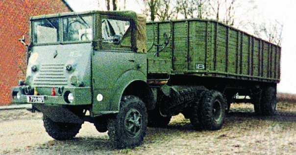1957 Renault R-2182, 4x4