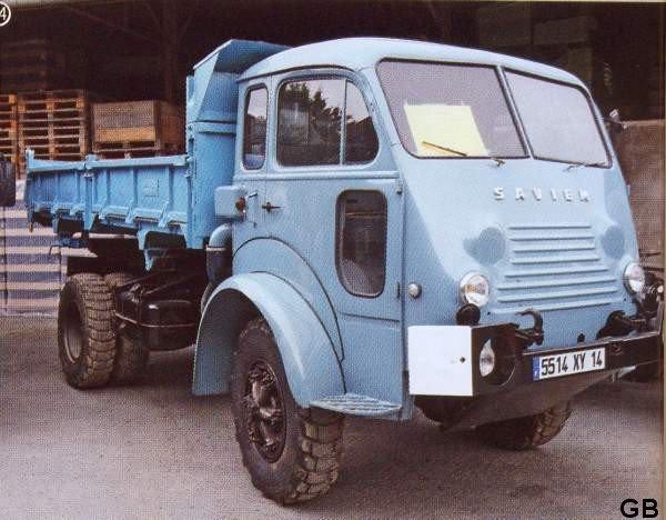 1959 RENAULT TANCARVILLE 4x4 modéle civil