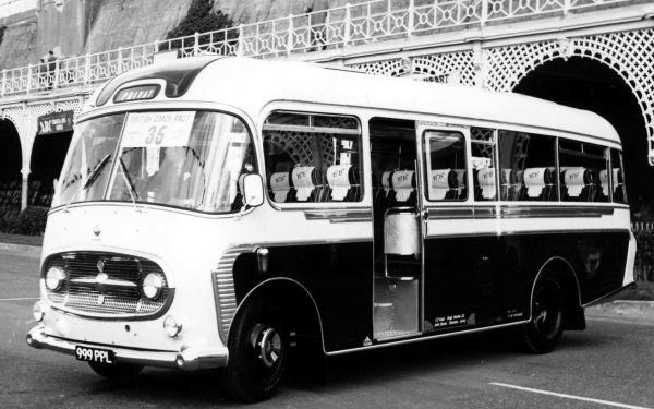 1961 Bedford J4 Plaxton Consort999-PPL