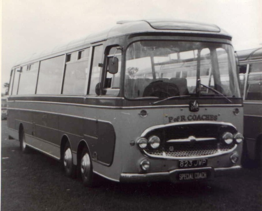 1963 Plaxton Panorama Bedford VAL14