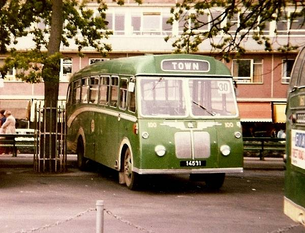 1964 Bedford in the mid sixties J4 chassis with Reading bodywork gu100