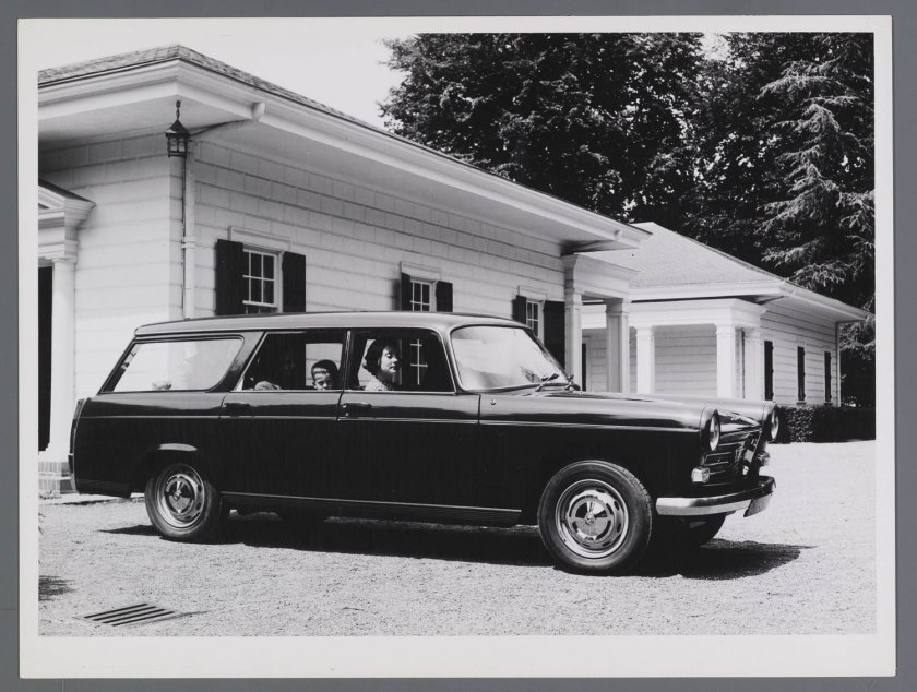 1967 Peugeot 404 Break