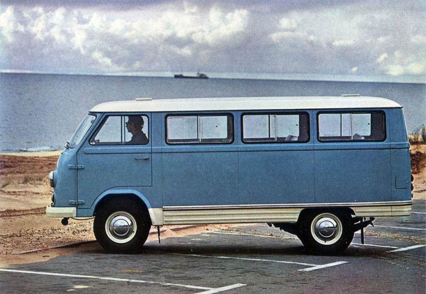 1969 RAF 977DMa