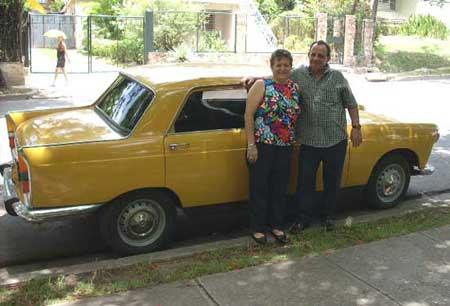 1972 Peugeot 404 Argentino en la ciudad de La Habana Cuba