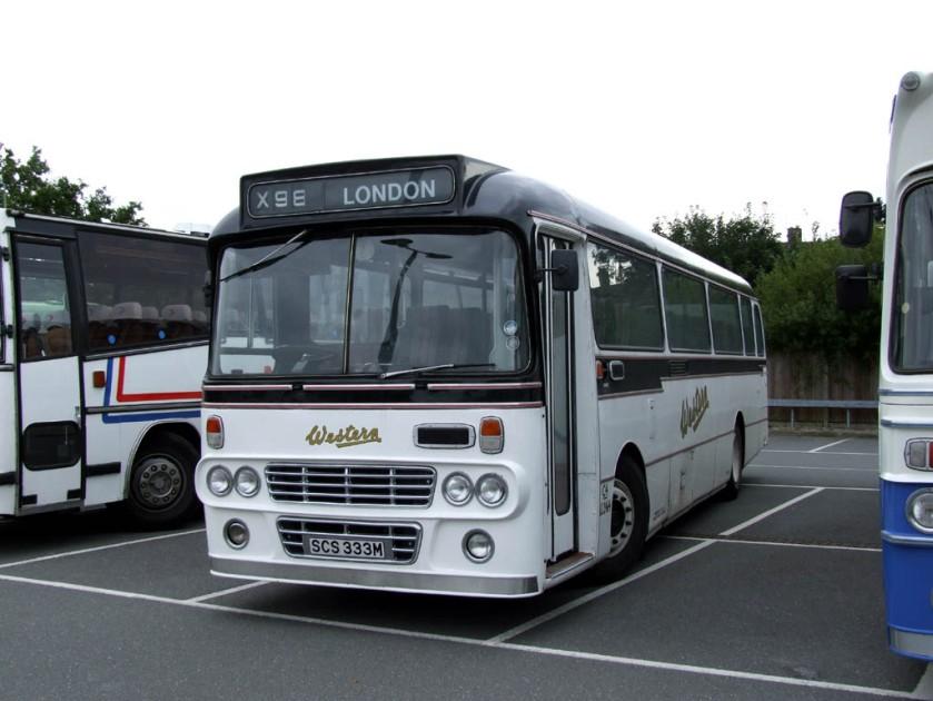 1976 Seddon Pennine 7 carrying Alexander's transatlantic-styled 'M'-type motorway coach body