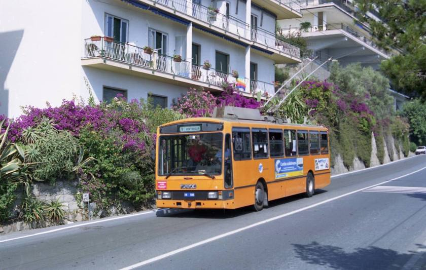 filobus sanremesi carrozzati dalla Portesi...
