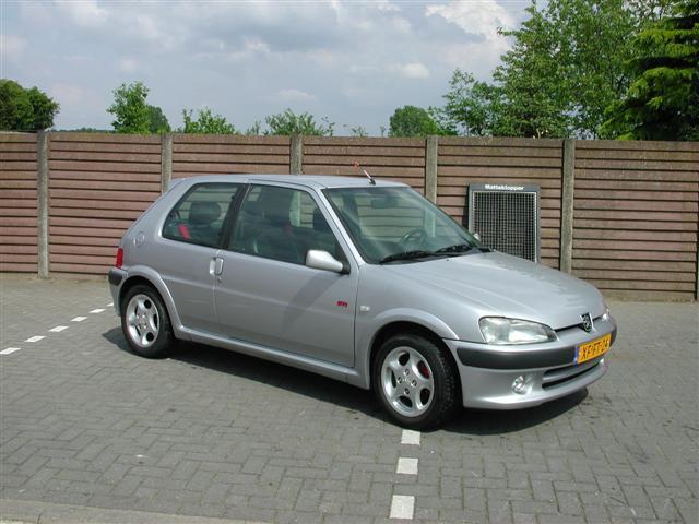 Peugeot 106-61