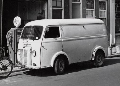 Peugeot Bus oud 2