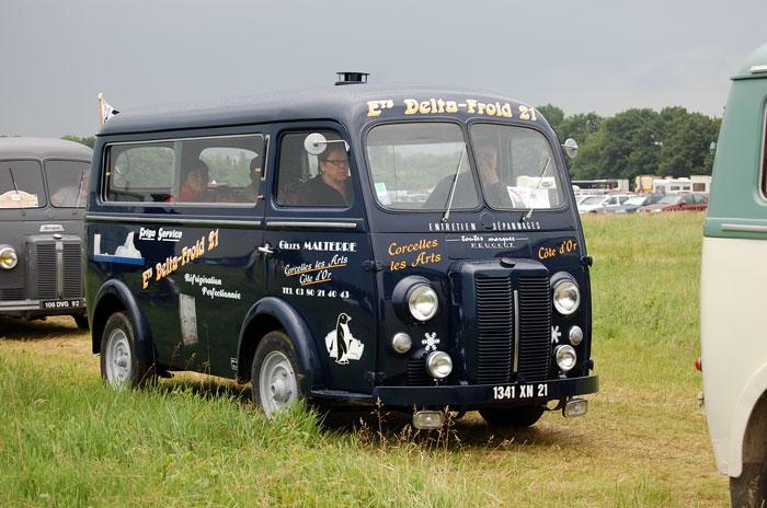 Peugeot D3A bus