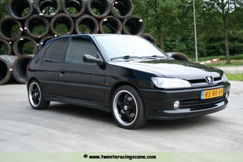 Peugeot model-100
