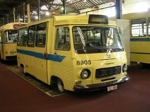 Peugeot Museum Bus