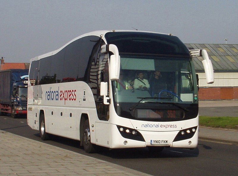 Plaxton Elite YN10 FKM Selwyns National Express