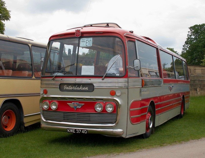 Plaxton Panorama body, which preceded the Panorama Elite, had flat side windows
